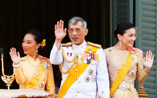 Королівська родина  - фото 433222