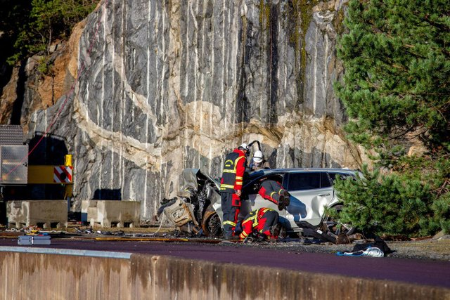 Volvo скидає свої автомобілі з 30-метрової висоти: навіщо це роблять? - фото 434922
