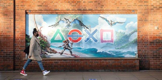 Sony підготувала лондонське метро до виходу PlayStation 5 - фото 435684