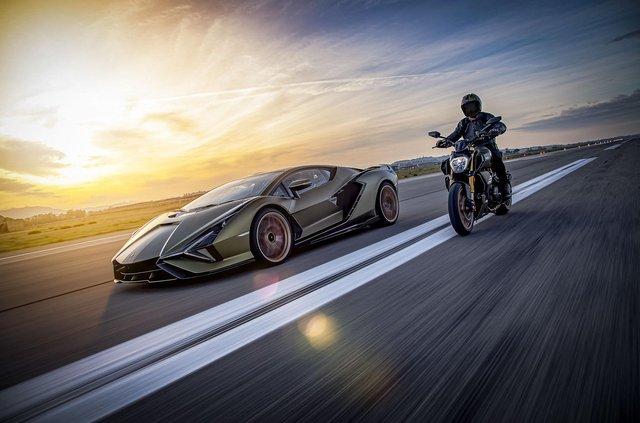 Представлено мотоцикл Ducati у стилі Lamborghini Sian: у чому його особливість - фото 436751