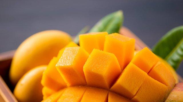 Названий продукт, що допоможе скоротити кількість зморшок у жінок - фото 436767