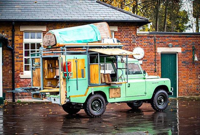 Кухню на колесах на базі Land Rover Defender з популярного телешоу пустять з молотка - фото 437000