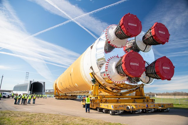 Artemis Space Launch System - фото 437401