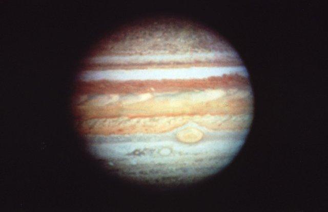 У NASA показали 30 неймовірних фото космосу, приурочені до ювілею телескопа Хаббл - фото 439253