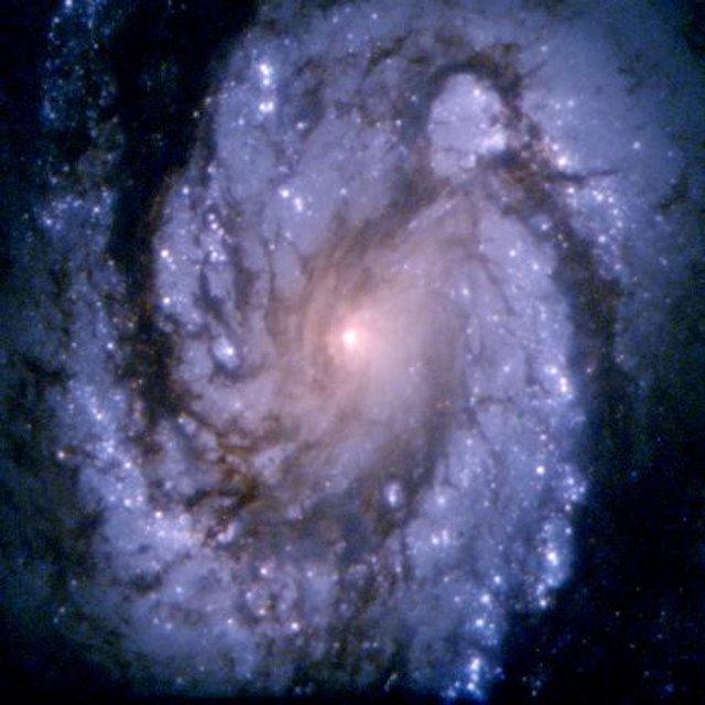 У NASA показали 30 неймовірних фото космосу, приурочені до ювілею телескопа Хаббл - фото 439254