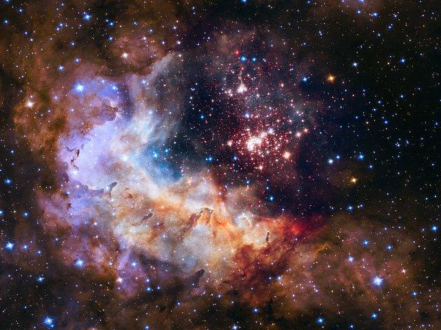 У NASA показали 30 неймовірних фото космосу, приурочені до ювілею телескопа Хаббл - фото 439270