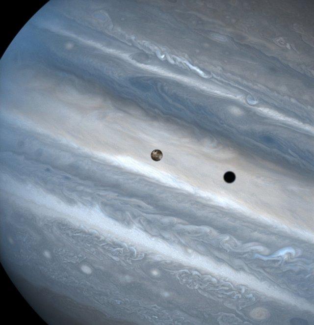 У NASA показали 30 неймовірних фото космосу, приурочені до ювілею телескопа Хаббл - фото 439277