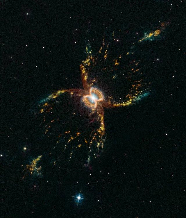 У NASA показали 30 неймовірних фото космосу, приурочені до ювілею телескопа Хаббл - фото 439281