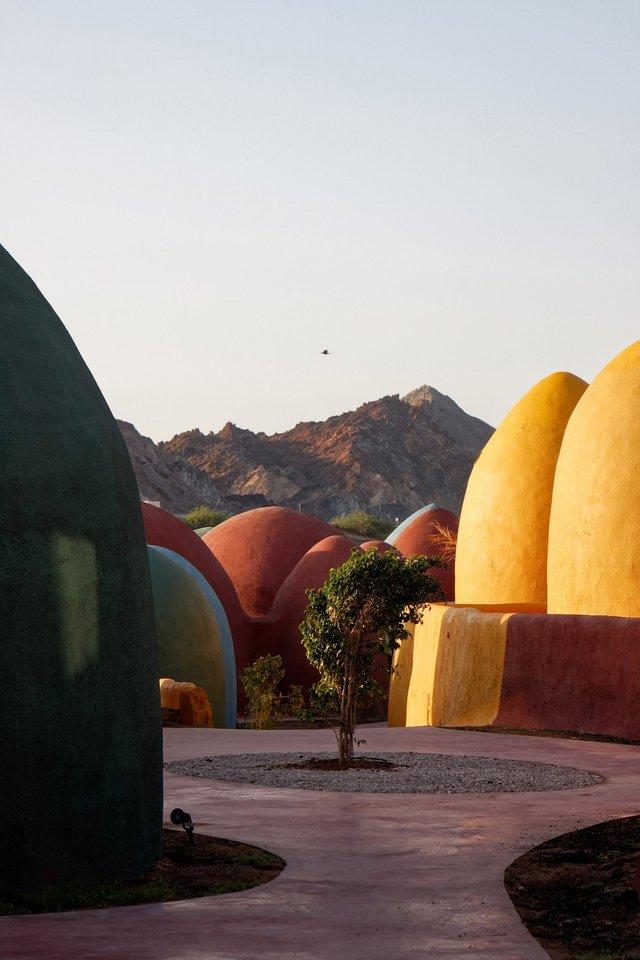 Справжній інстаграмний рай: як виглядає кольорове село на острові Ормуз в Ірані - фото 441688