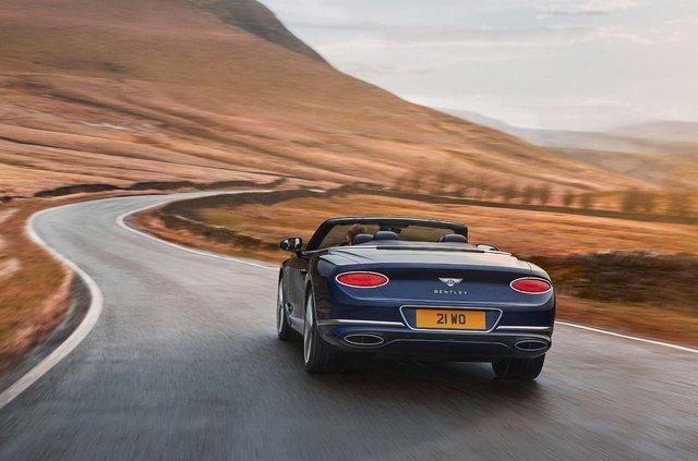 Bentley представила кабріолет Continental GT Speed - фото 455643