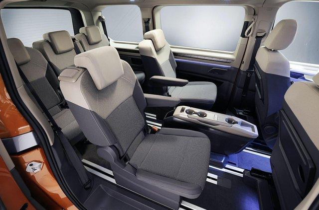 Volkswagen представив Multivan T7 з салоном-трансформером та іншими фішками - фото 462977