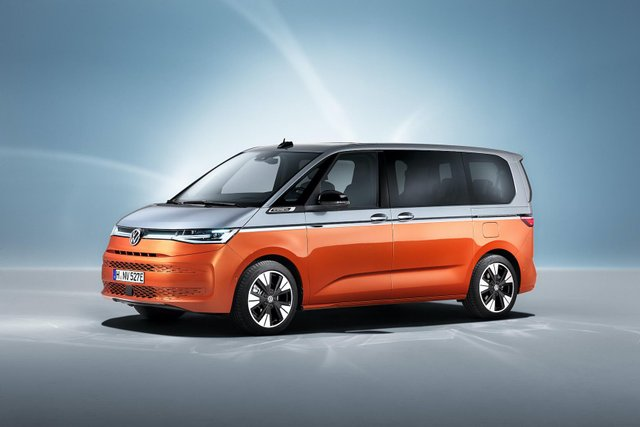 Volkswagen представив Multivan T7 з салоном-трансформером та іншими фішками - фото 462978