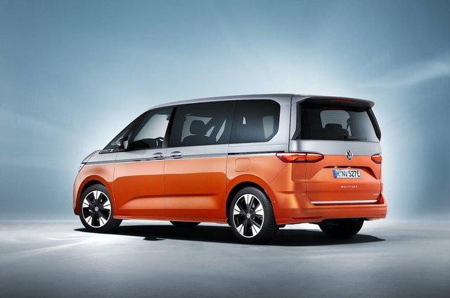 Volkswagen представив Multivan T7 з салоном-трансформером та іншими фішками - фото 462979