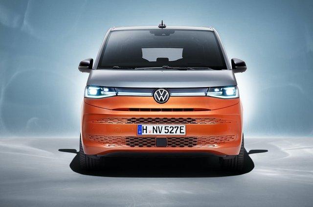 Volkswagen представив Multivan T7 з салоном-трансформером та іншими фішками - фото 462982