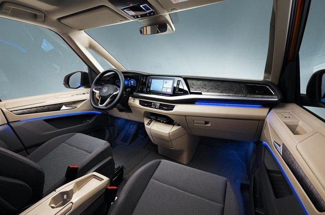 Volkswagen представив Multivan T7 з салоном-трансформером та іншими фішками - фото 462983