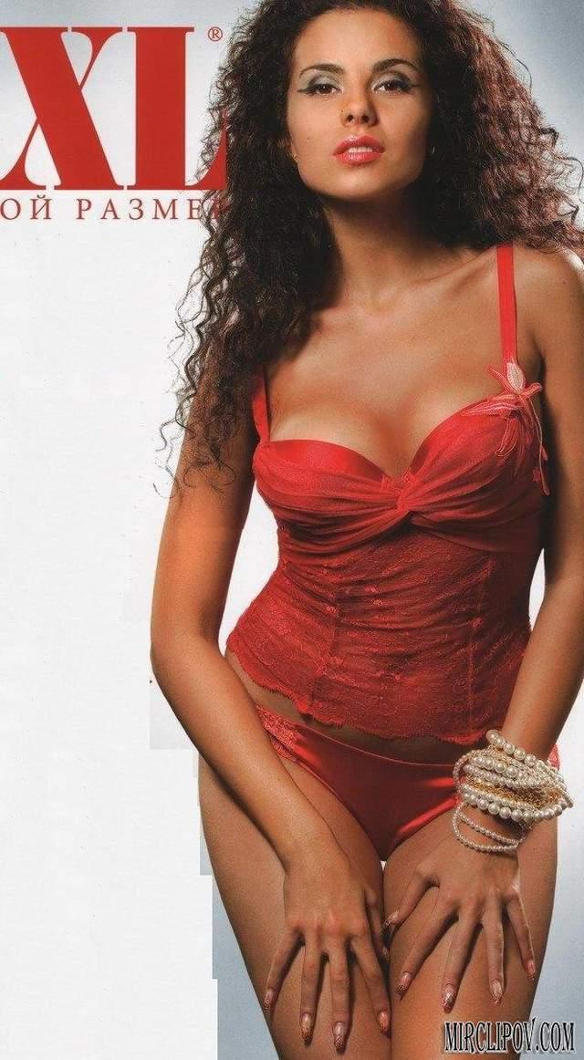 Найгарячіші образи Насті Каменських за всю кар'єру: добірка фото іменинниці (18+) - фото 401896