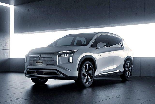 Mitsubishi представила електрокар Airtrek: наразі лише на картинках - фото 463863
