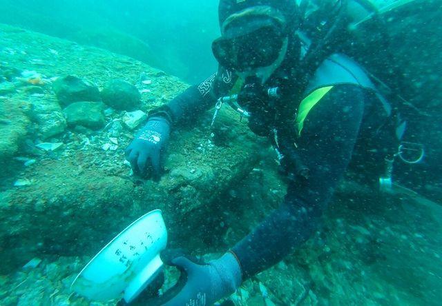 Біля берегів Сінгапуру знайшли два затонулих судна з унікальними скарбами - фото 463918